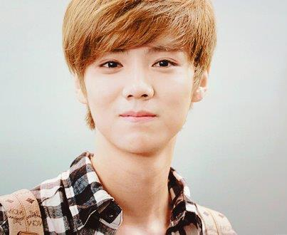 EXO LUHAN SM ENTERTAINMENT